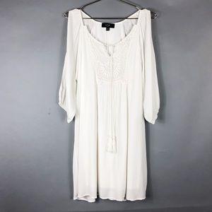 Naïf White Dress